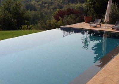 piscina-a-sfioro-500x500